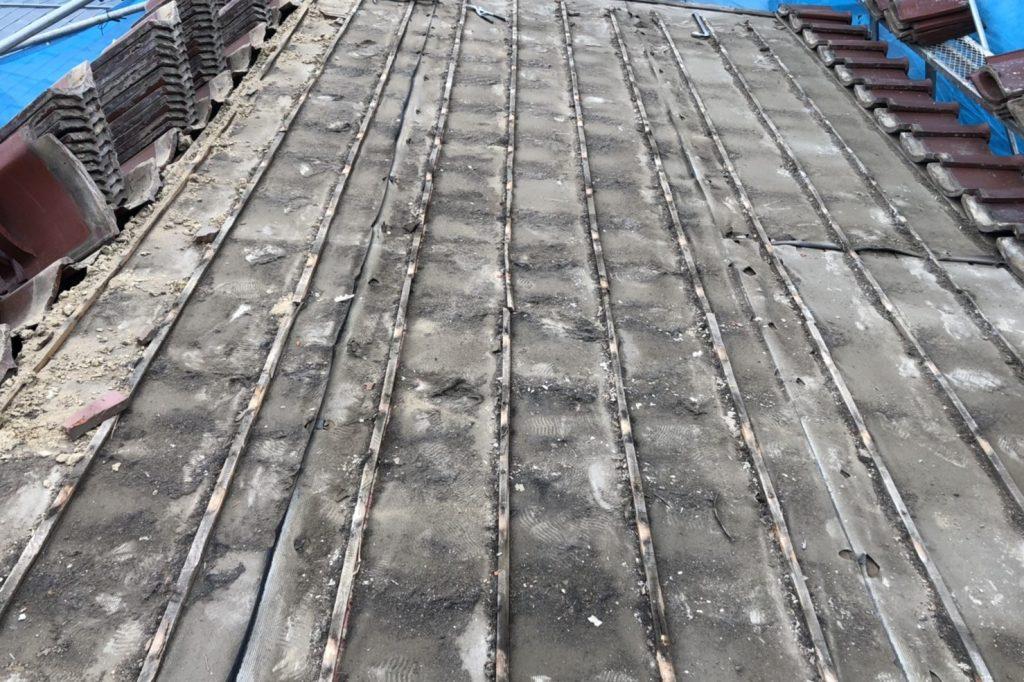 瓦屋根 葺き直し 葺き替え 工事 工程 時期 費用